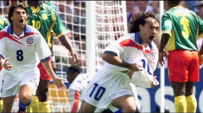 La Roja homenajea al Coto Sierra por su gol a Camerún: decreta el 23 de junio como el día nacional del tiro libre