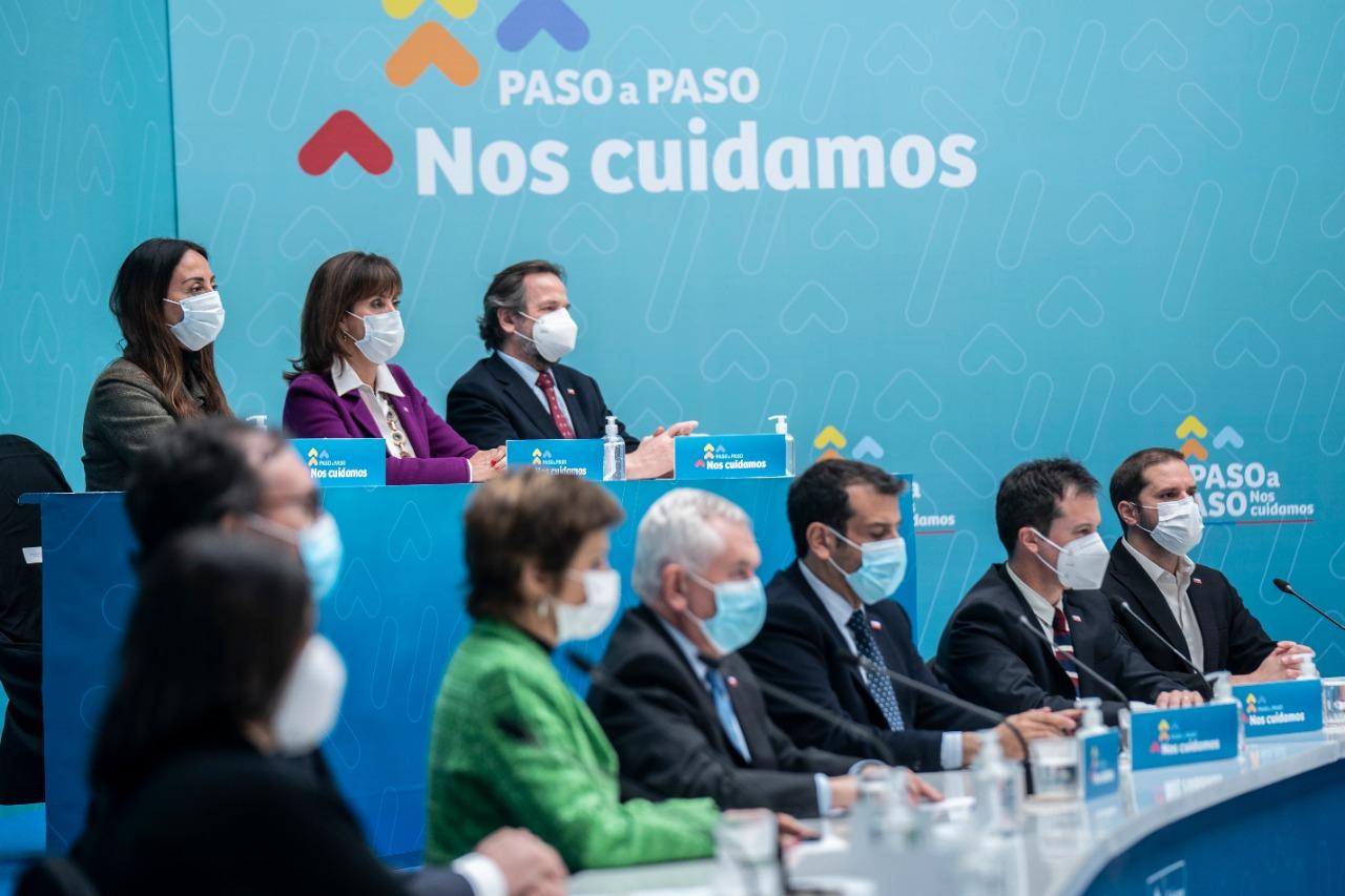 Ministra Cecilia Pérez anuncia actualización de medidas del plan paso a paso para la práctica deportiva