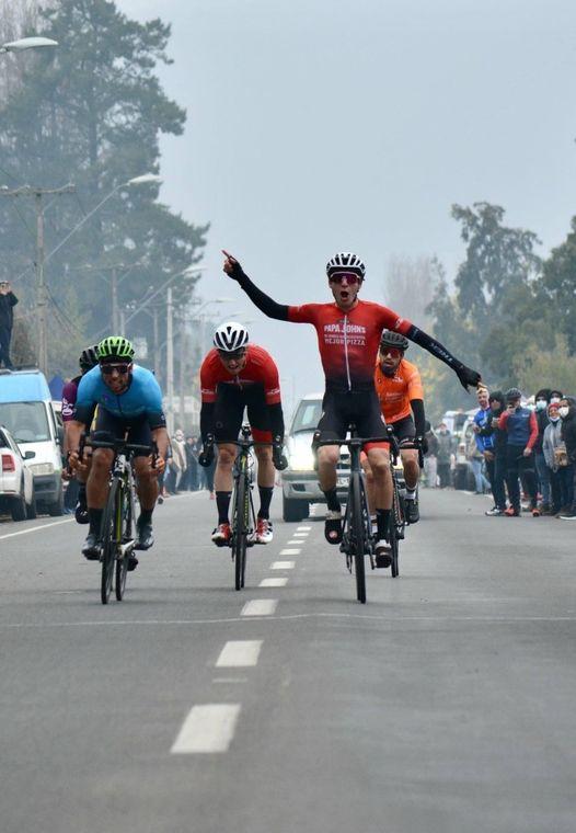Este fin de semana se desarrolló la 1ra fecha del ciclismo en pista y ruta organizada por la asociación de Ciclismo de Curicó.