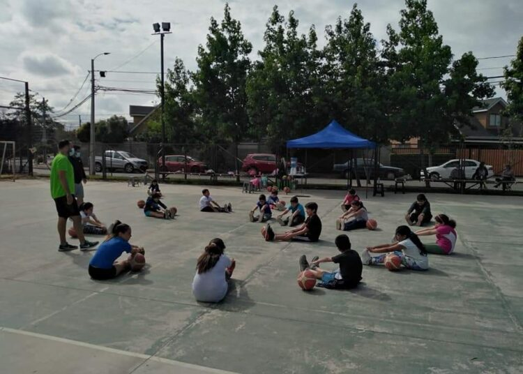 Asociación de Básquetbol de Talca se comprometió con fomentar los cestos y volver a la competencia
