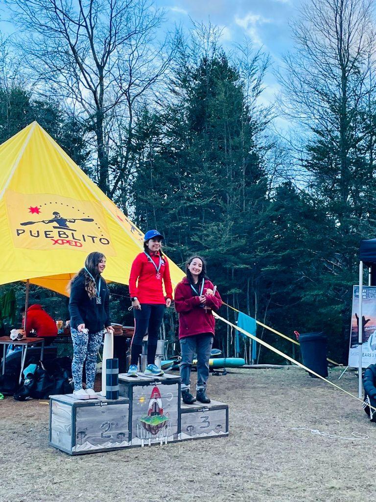 """Destacada participación logró el club de Kayak """"LOS QUEÑES"""", en el campeonato nacional de Slalom Pucón"""
