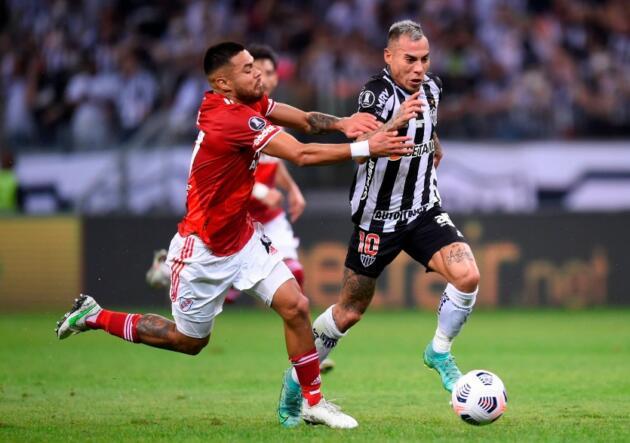 La Libertadores conoció a los semifinalistas con chilenos en primera plana