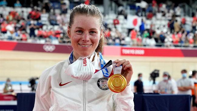 Jennifer Valente logró la medalla de oro en el omnium femenino del ciclismo olímpico