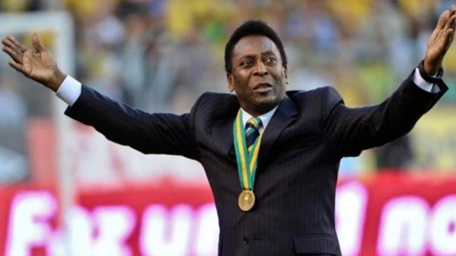 Pelé está hace seis días hospitalizado en Sao Paulo