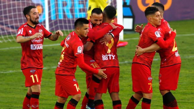 Ñublense será el rival de Universidad Católica en la Supercopa 2021